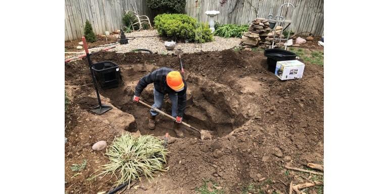Hogyan építsünk kerti tavat – az első tervektől a kivitelezésig